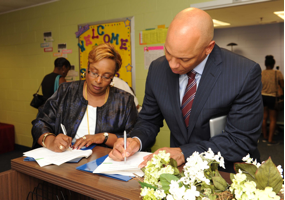 Dr. Charlene Dukes, PGCC, and Dr. William Hite, PGPS, Sign M.O.U.
